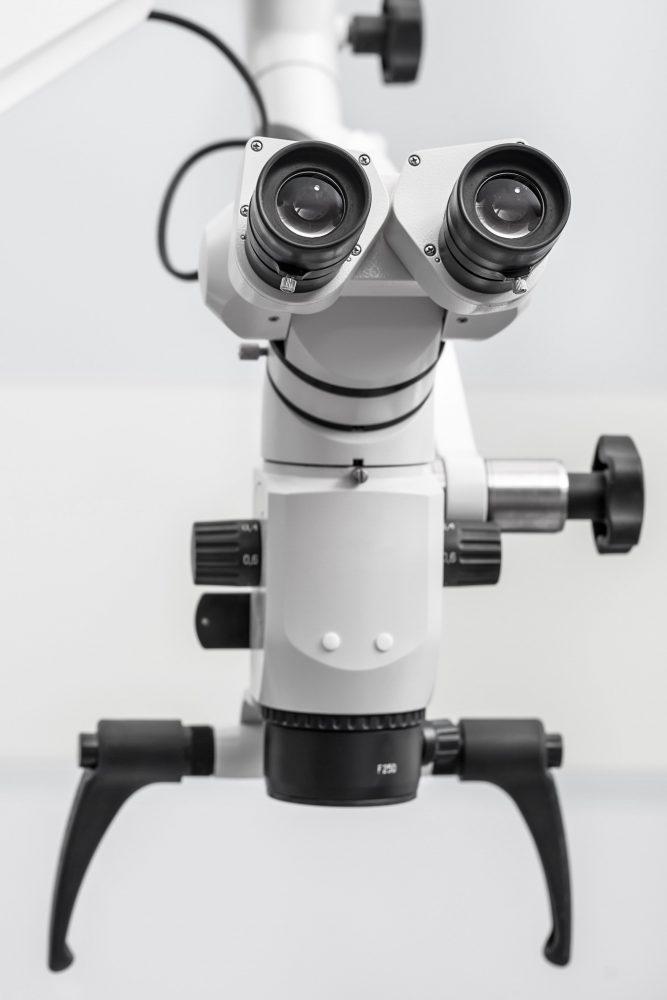 Dentalopticalmicroscope 2