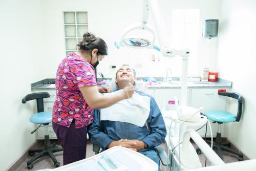 los-algodones-dental-clinic-with-dr-jose-moguel